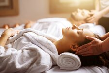 Wellness massage relax personen marketing