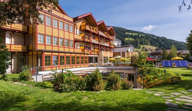 https://images2.suedtirolerland.it/images/hotels/754x435/60abd622cda942f15ec3853830092a7c.jpg