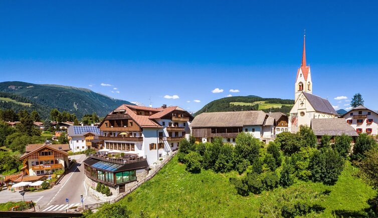 Hotel post tolderhof valdaora di sopra valdaora hotel 4s stelle alto adige provincia - Piscina panoramica valdaora ...